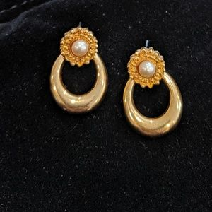 Vintage faux pearl and gold Liz Claiborne earrings